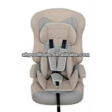 Sièges d'auto pour enfants avec certificat ECE R44 / 04