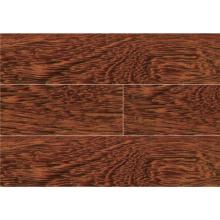 Piso de madeira laminado e laminado Fava Amargosa