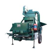Máquina com debulhadora de milho