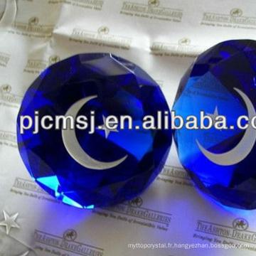 Diamant en cristal bleu foncé de taille différente pour des centres de mariage