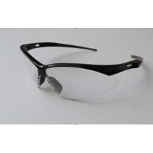 Vidro de segurança transparente com o contorno de cor preta