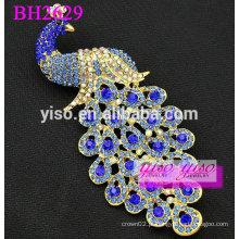 Elegante broche de cristal decorativo