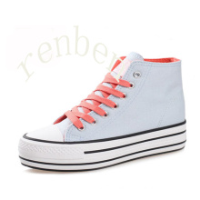 New Arriving Hot Women′s Footwear Casual Canvas Shoes