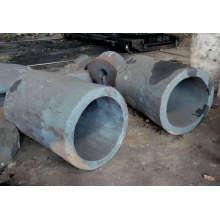 Forgeage de tuyaux d'acier
