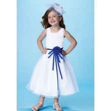 Balletkjole Round Neck Tea-længde Satin Tulle Flower Girl Dress