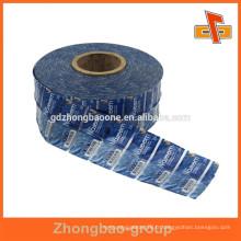Les échantillons gratuits fournissent des étiquettes personnalisées de pvc shrink wrap avec impression en rouleaux