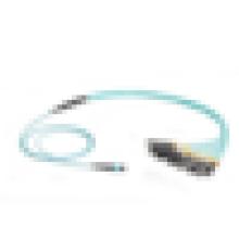 Câble de câblage fibre optique OM3, 12-Strand MTP MPO-Style à (12) LC Multimode OM3 Câble de faisceau fibre optique