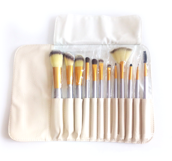 Makeup Brushes Set with Wallet