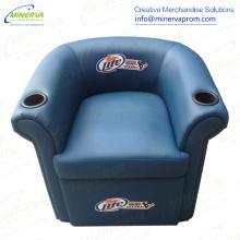 クーラーのリクライニングチェアの椅子