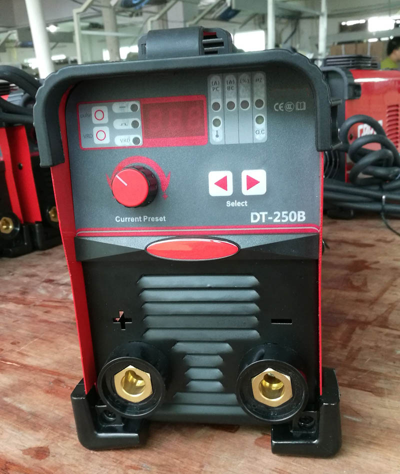 Professional inverter MMA pulse arc 200amps