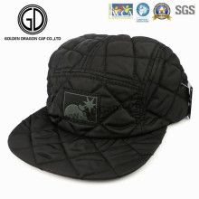 2016 High Fashion Diamond gesteppte Camper Snapback Cap mit Logo