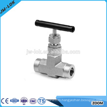 Liquid flow control needle valve