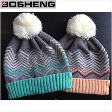 Kundenspezifische niedliche Kinder stricken Winter-Hut mit weißer POM
