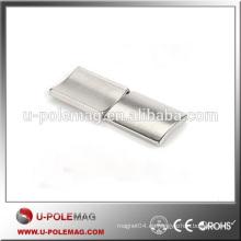 Imán recubierto de níquel de neodimio del arco de alta calidad