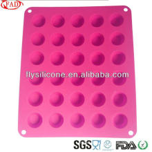 2015 New Product Non-stick Durable Silicone Cupcake Mold