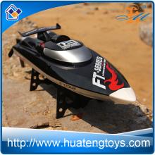 Populaire Feilun FT012 Brushless rc jet boat 2.4Ghz Haute vitesse 50km / h télécommande Bateau de course à vendre