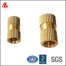 Alta calidad hecha en la tuerca de cobre amarillo de China
