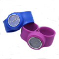 Fashion snap strap Silicone slap wristwatch