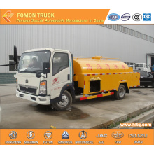 HOWO 4000L water flushing truck