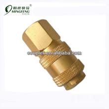 Качественной наружной резьбой и внутренней резьбой водопроводной трубе сторона