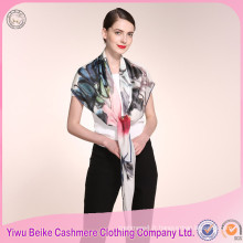 Prix en gros unique design femme fait main en soie écharpe avec beaucoup de couleurs