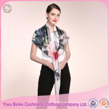 Оптовые цены уникальный дизайн ручной работы леди шелковый шарф с большим количеством цветов