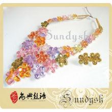 Conjunto de joyas de diamantes de colores hechos a mano de diseño creativo de alta calidad