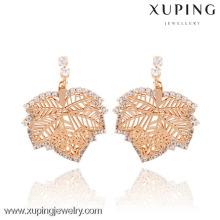 En gros nouvelle conception en or unique en laiton dernière tendance des modèles de mode boucles d'oreilles