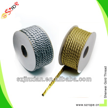 3 hilos de cuerda dorada y plateada
