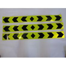 Adesivo reflexivo para segurança no trânsito