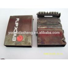 China Custom logo metal belt buckle in wholesale