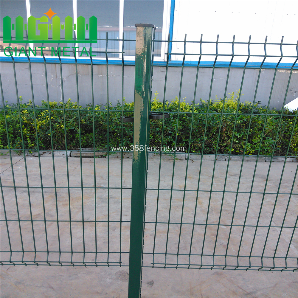 Prefabricated Safety Airport Square Wire Mesh Fence China Manufacturer