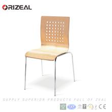 Silla de comedor de restaurante de madera cortada, respaldo alto, asiento con cojín Precio más bajo