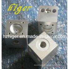 Piezas de automóvil de mecanizado CNC de fundición a presión personalizadas