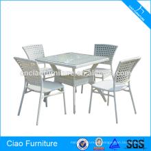 Lugares de restauración ratán blanco mesa de comedor y silla
