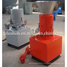 Тракторный привод для производства древесных топливных гранул / Опилки