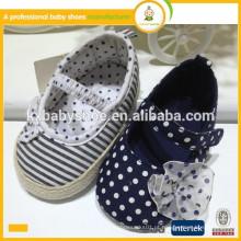 Estilo novo estilo lindo moda flor de bebê barato meninas vestido sapatos