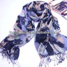fashionable winter acrylic scarf