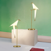 2020 on sale Elegant design Paper Crane Bird table lamp for hotel