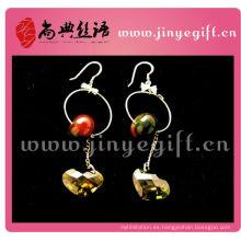 Perlas de color oscuro Pendiente de presión colgante de cristal en forma de corazón