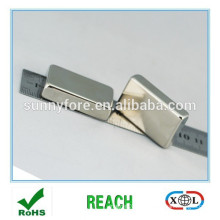 grand bar aimants 40x25x5mm