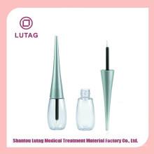 Envase del eyeliner cosméticos comunes
