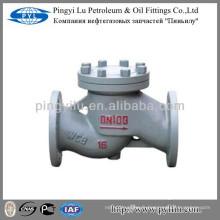 Un clapet anti-retour de levage à bride en acier carbone PN16