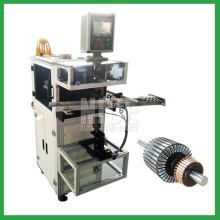 Auto rotor insulation paper insertion machine