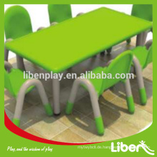 Ergonomisch einstellbare Kindermöbel Plastikstudie Tisch und Stühle für Kinder LE.ZY.015 Qualität gesichert am beliebtesten