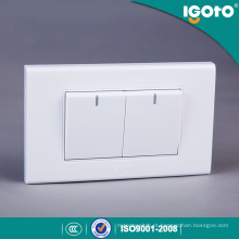 Igoto A1021 Produzido na fábrica padrão americano 118 * 75mm 2 Gang 1 Way Switch 2 Gang 2 Way Switch