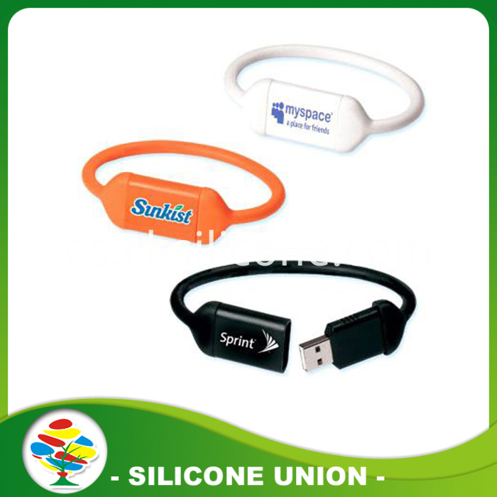 New design usb silicone bracelet
