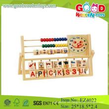 Juguetes de madera de la seguridad que cuentan el marco colorido de los granos del juego