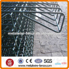 alibaba Hot-dipped Galvanized Roll Top Fence