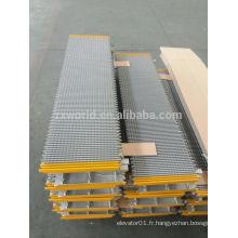 Escalator Step / travoaltor plate-schindler 266
